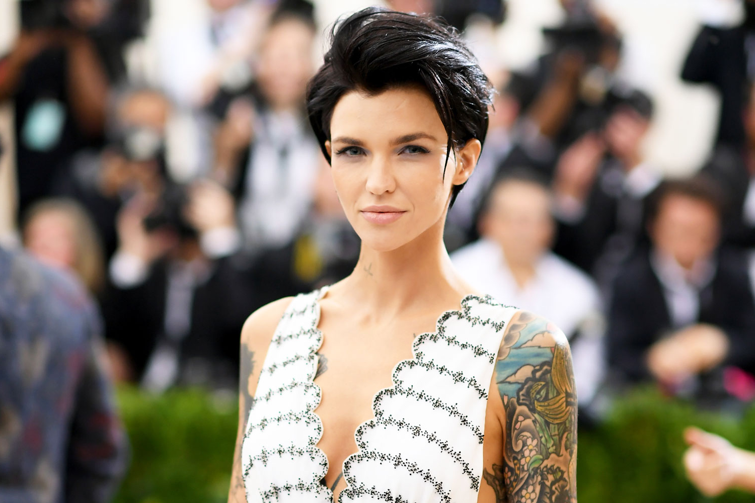 Ruby Rose Has Long Fiery Red Waves In First Batwoman Photos Inside 2018 Ruby Rose Medium Hairstyles (View 17 of 20)