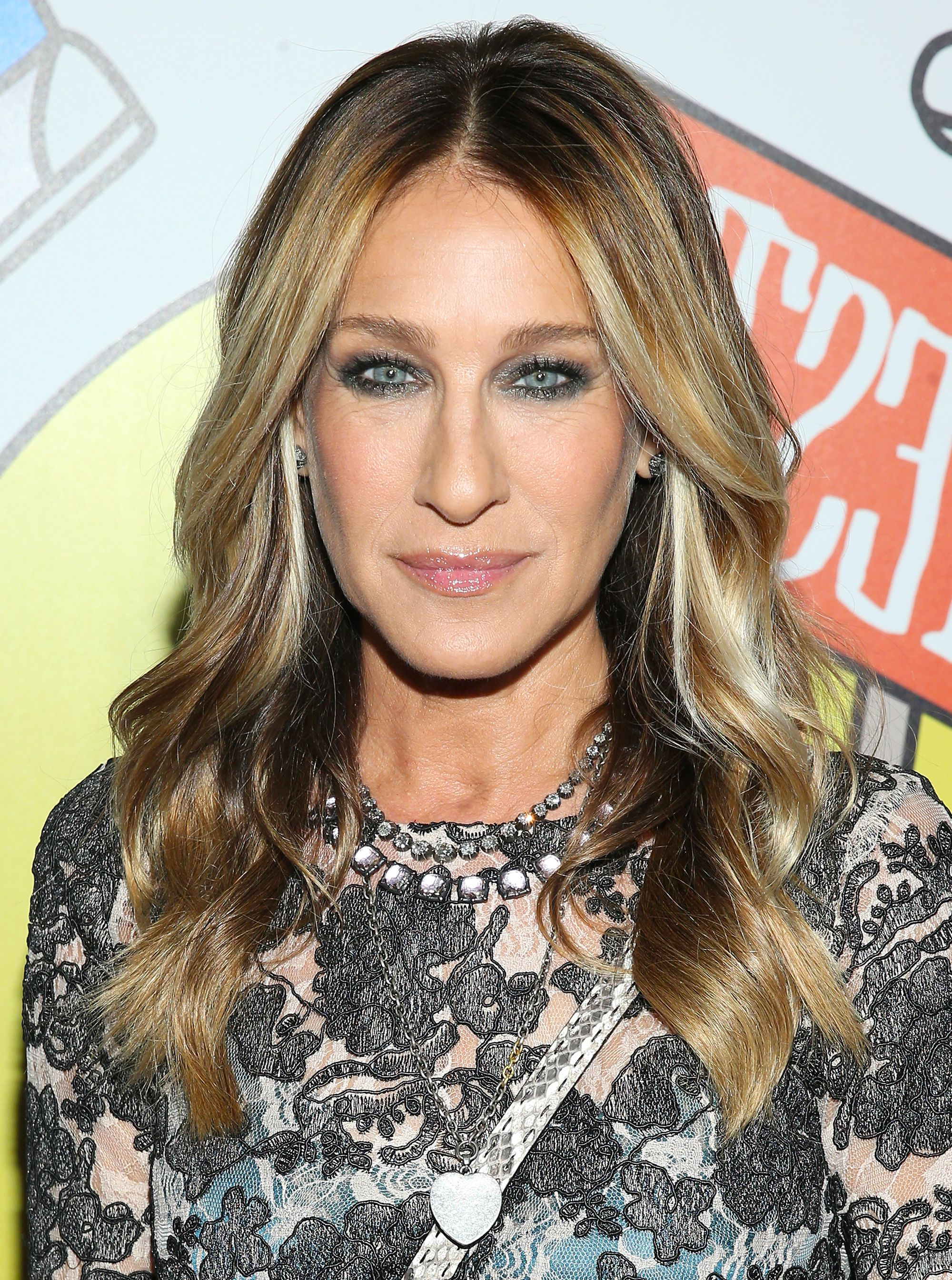 Sarah Jessica Parker Just Debuted The Sassiest Platinum Bob Within Best And Newest Sarah Jessica Parker Medium Hairstyles (Gallery 11 of 20)
