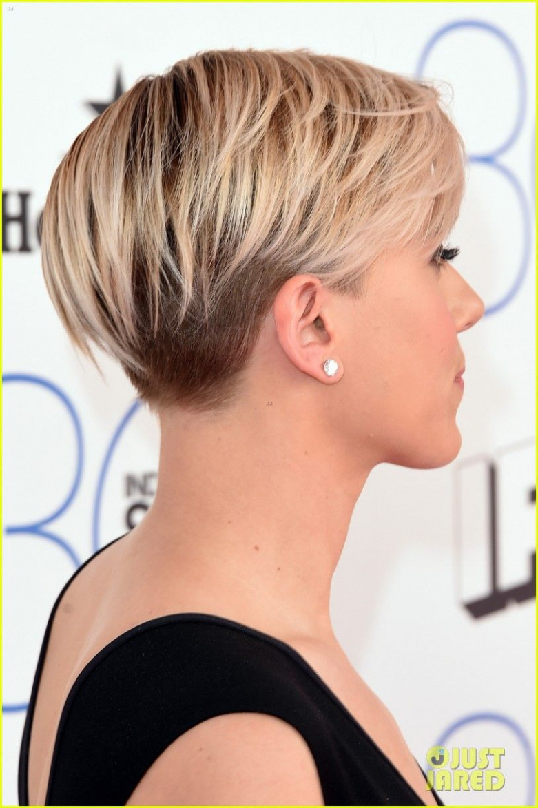 Scarlett Inside Best And Newest Scarlett Johansson Medium Haircuts (View 17 of 20)