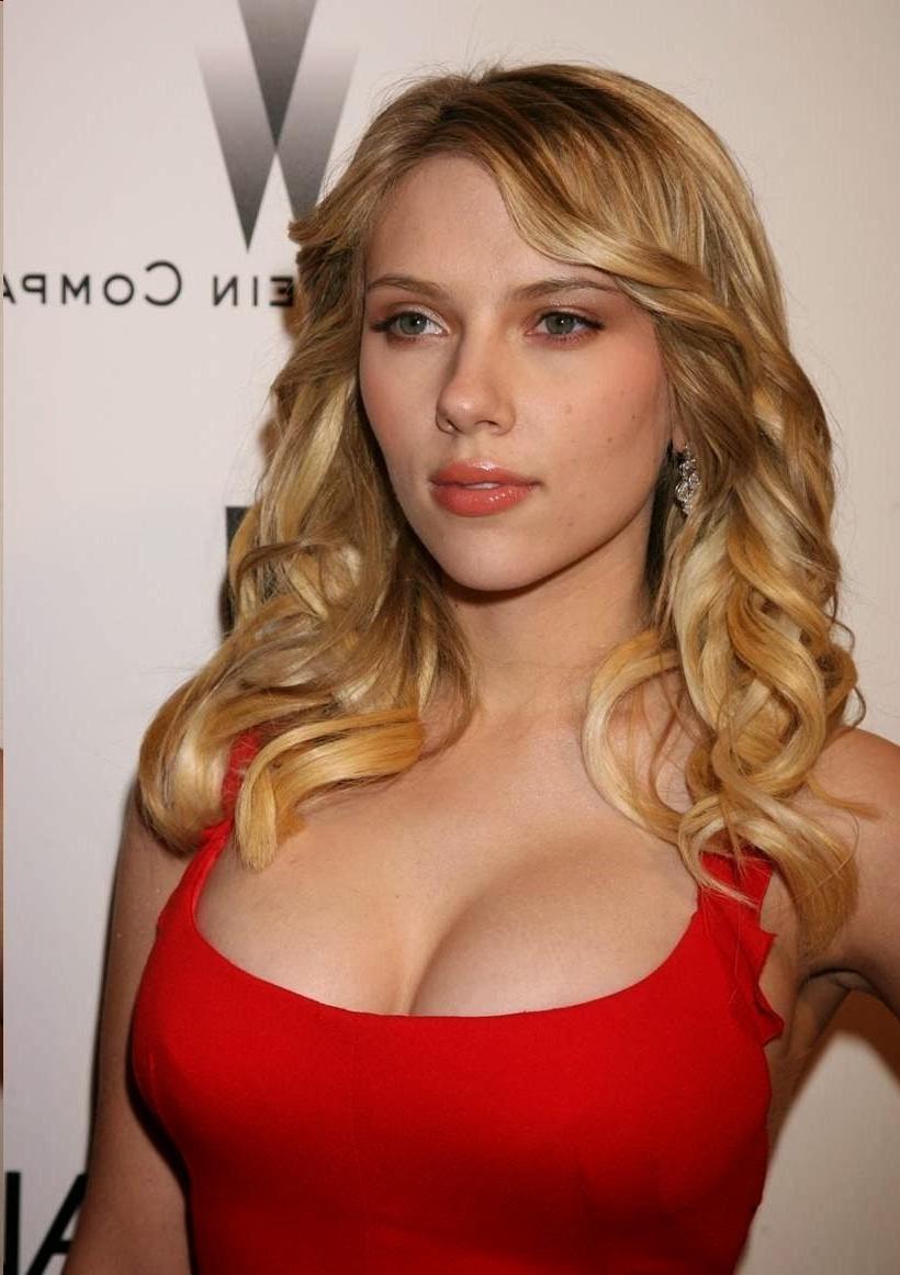Scarlett Johansson Hairstyle (View 7 of 20)