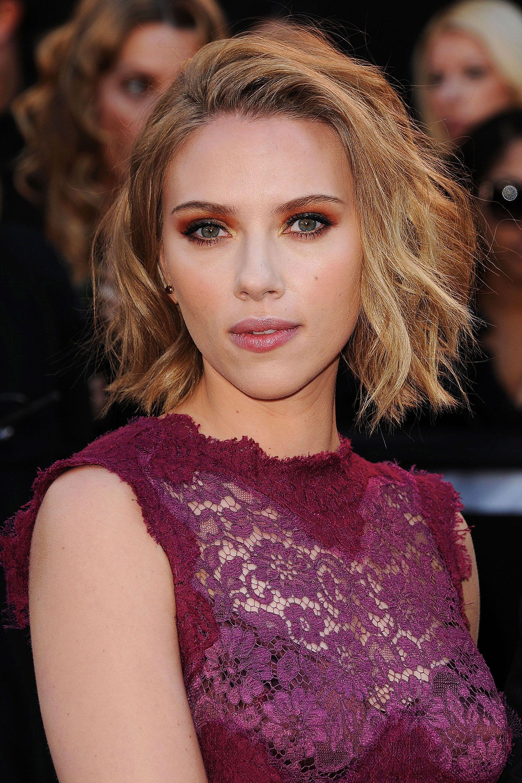 Scarlett (View 4 of 20)