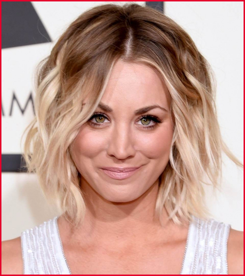 Short Medium Haircuts Wedge Haircuts And Hairstyles For Women 2016 Intended For Most Popular Wedge Medium Haircuts (Gallery 15 of 20)