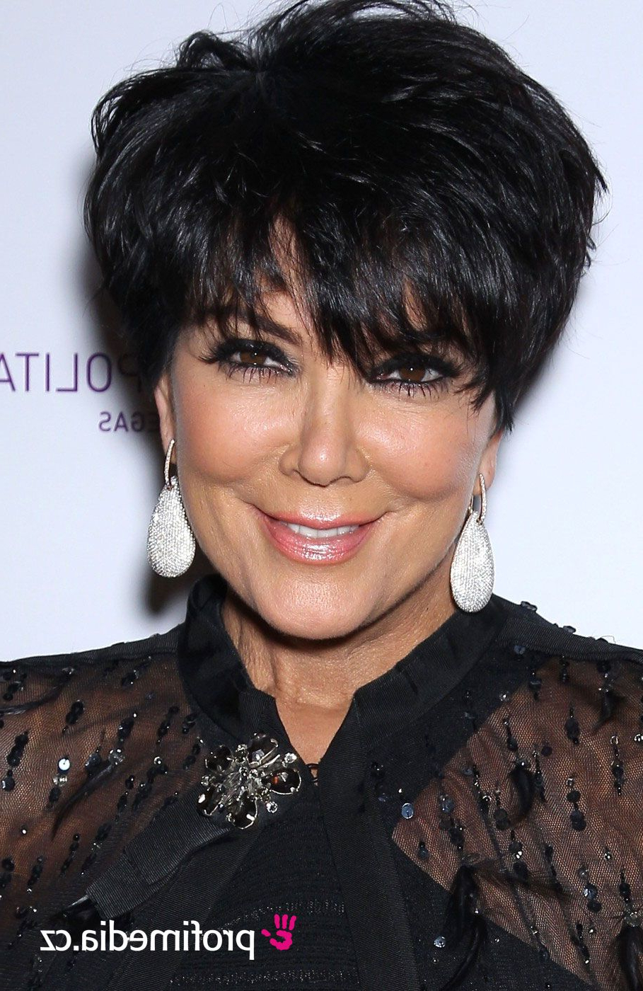 Short With Regard To Newest Medium Haircuts Kris Jenner (View 18 of 20)