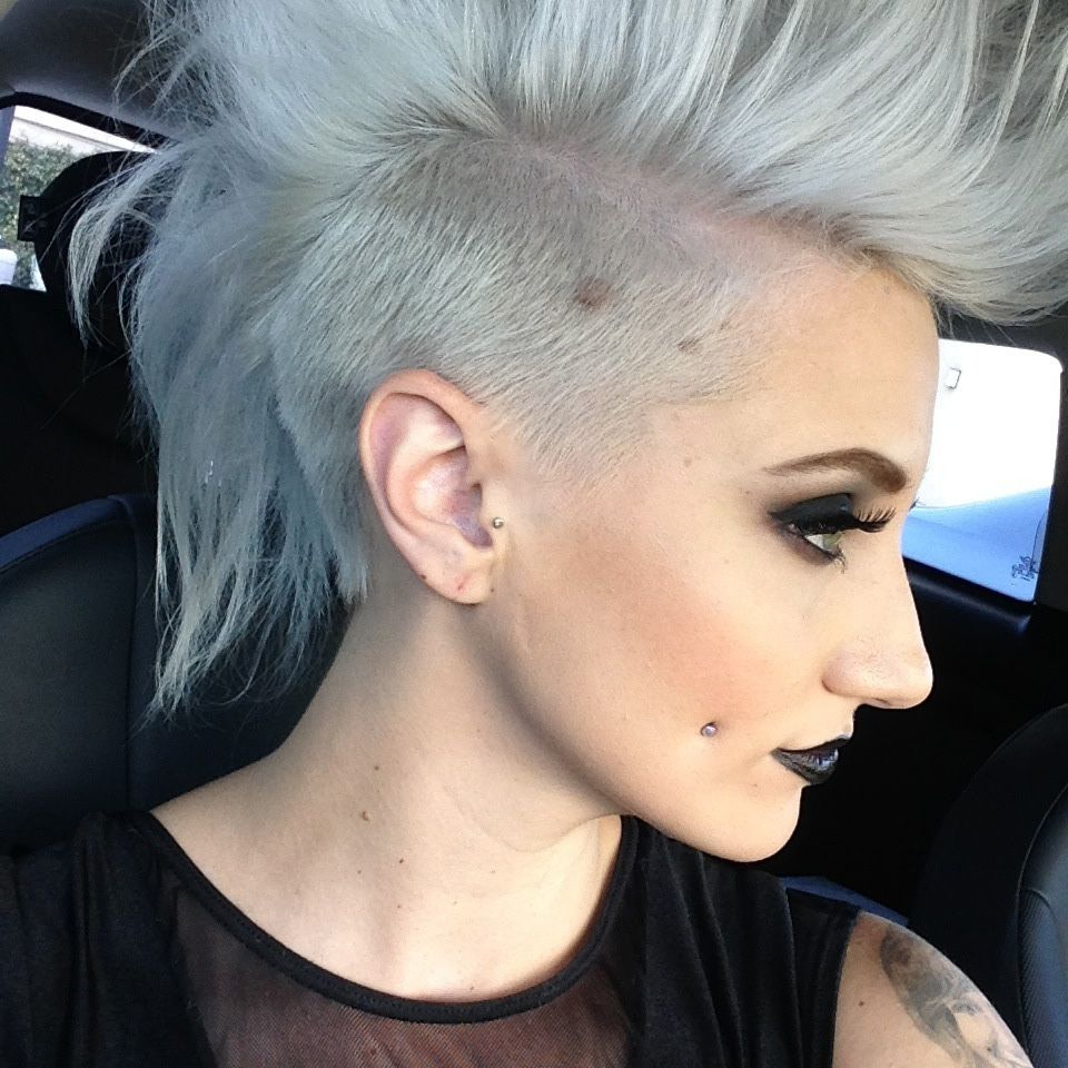Silver And Undercut, The Perfect Combo: Formula And Tips Here – Hair Regarding 2017 Silvery White Mohawk Hairstyles (Gallery 5 of 20)
