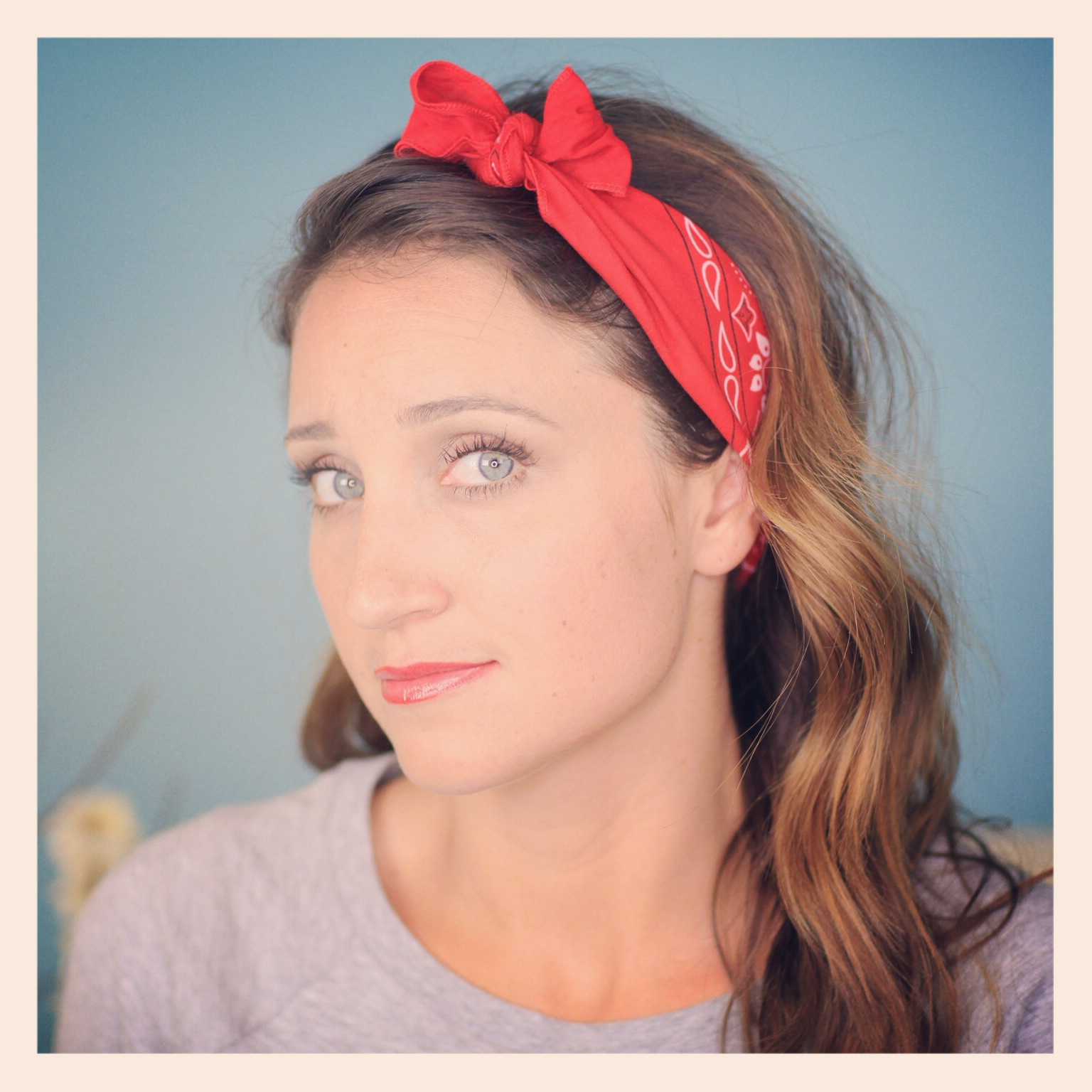 Six Diy 1 Minute Bandana Hairstyles (View 17 of 20)