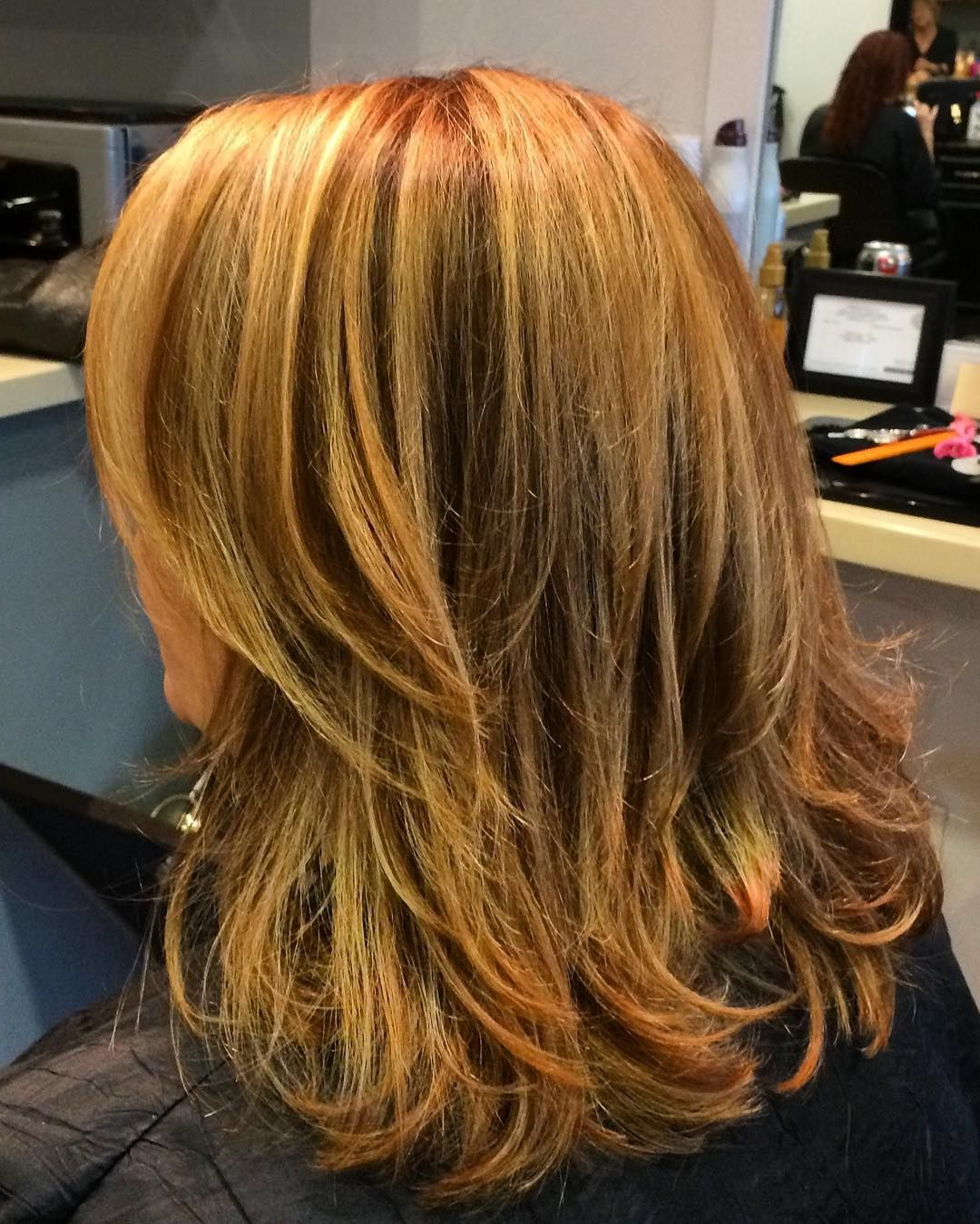 Straight Honey Blonde/caramel Brown Layered Hair (View 15 of 20)