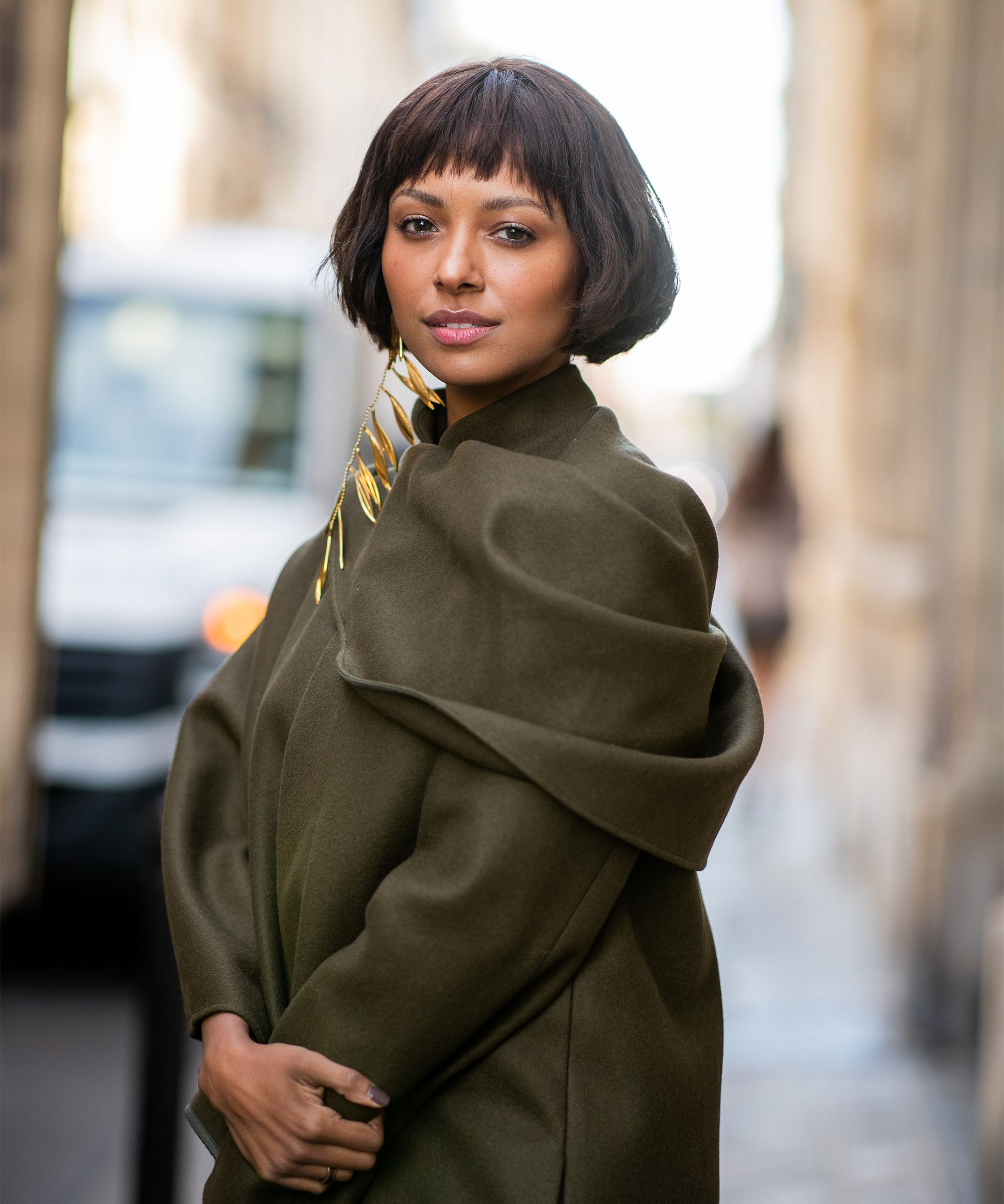 The Best Bob Haircuts You Need To Try For Fall 2018 Regarding Famous Shoulder Length Haircuts With Jagged Ends (Gallery 20 of 20)
