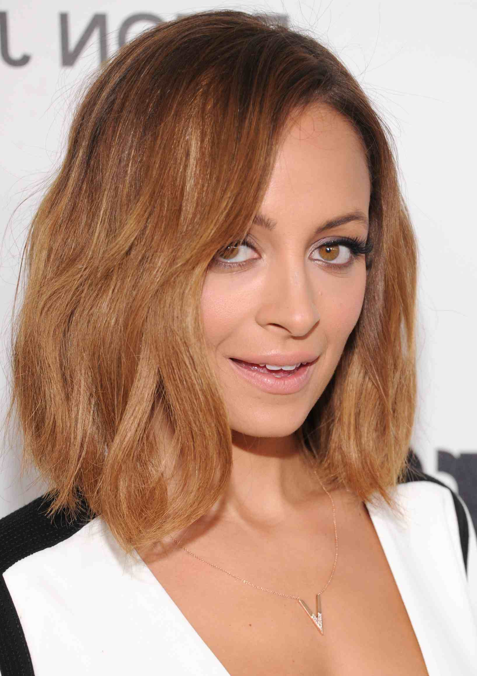 The Most Modern Long Bob Hairstyles Of The Moment For Widely Used Two Layer Bob Hairstyles For Thick Hair (View 19 of 20)