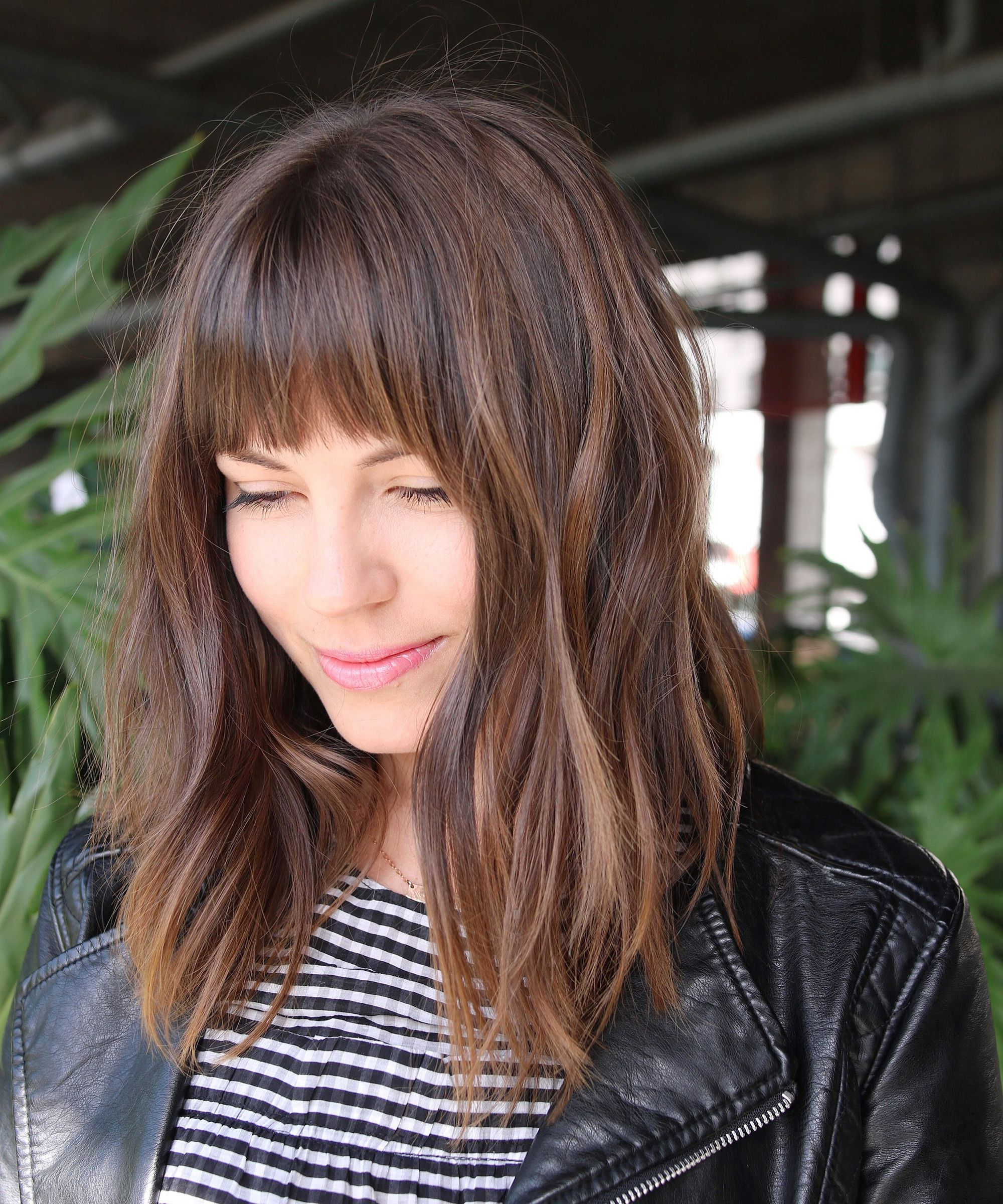 Top 2018 Hair Trends & Hairstyles We Loved This Year Inside Favorite Full Fringe Medium Hairstyles (View 19 of 20)