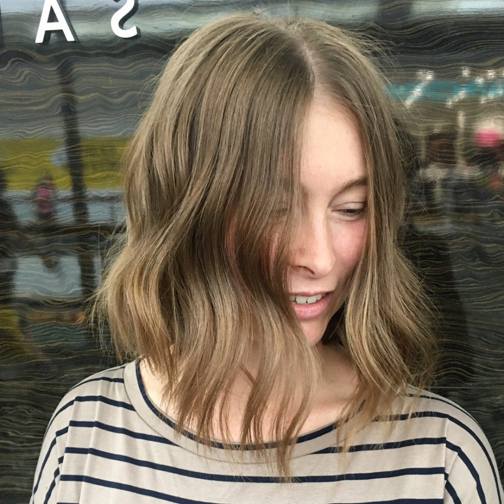 Top 27 Haircuts For Heart Shaped Faces Of 2019 In Trendy Medium Hairstyles For Petite Faces (Gallery 9 of 20)