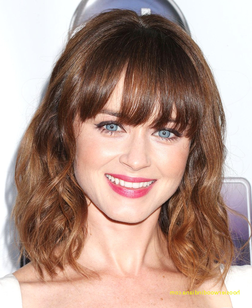 Top Result 57 Elegant Pictures Medium Length Hairstyles Bangs Intended For Famous Medium Hairstyles With Bangs (View 18 of 20)
