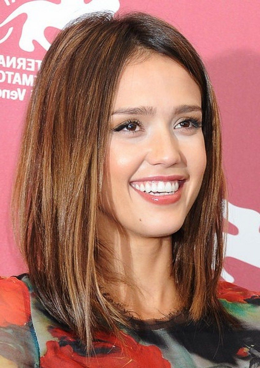 Trendy Jessica Alba Medium Hairstyles Within Change Your Looks With Jessica Alba Hairstyles : Simple Hairstyle (View 20 of 20)