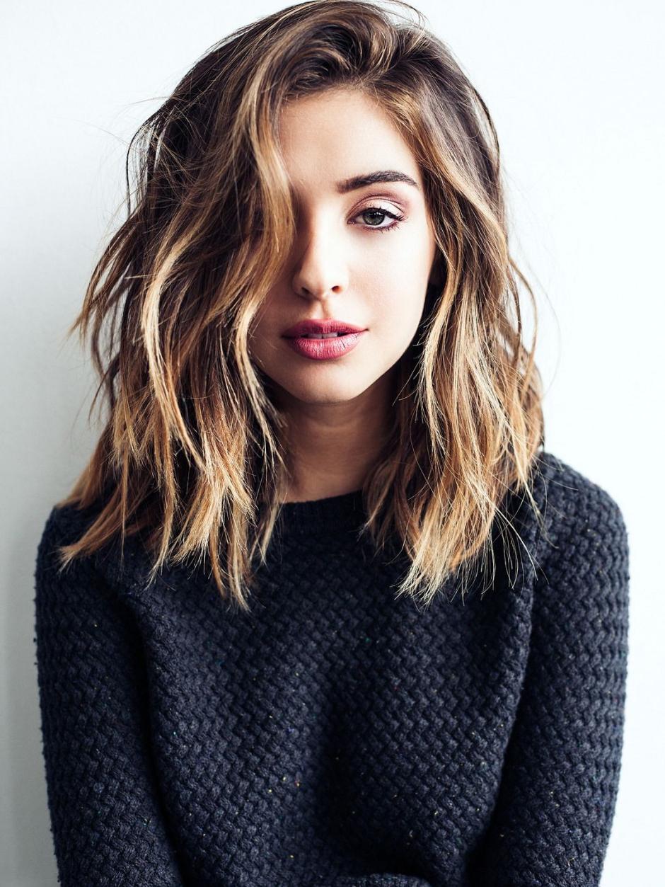 Trendy Medium Haircuts For Wavy Hair For Medium Hairstyle : Cute Shoulder Length Haircuts With Side Bangs For (View 19 of 20)