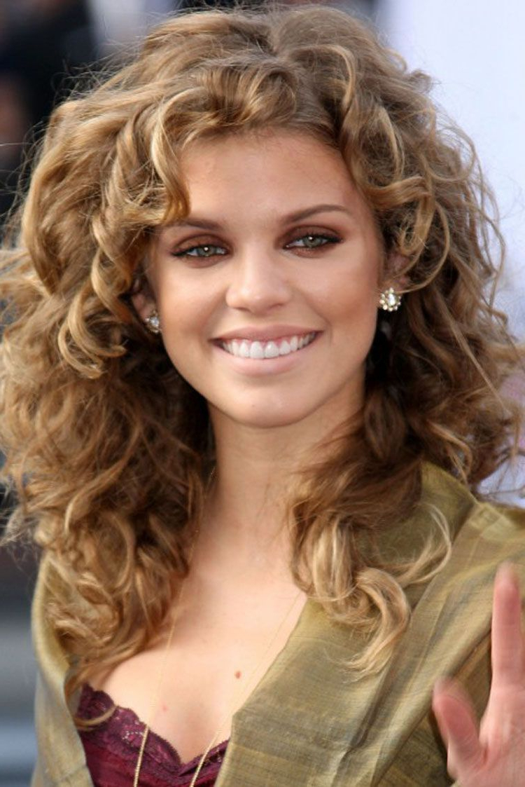 Trendy Medium Hairstyles Curly Within Mid Length Curly Hairstyles For Square Faces (View 9 of 20)