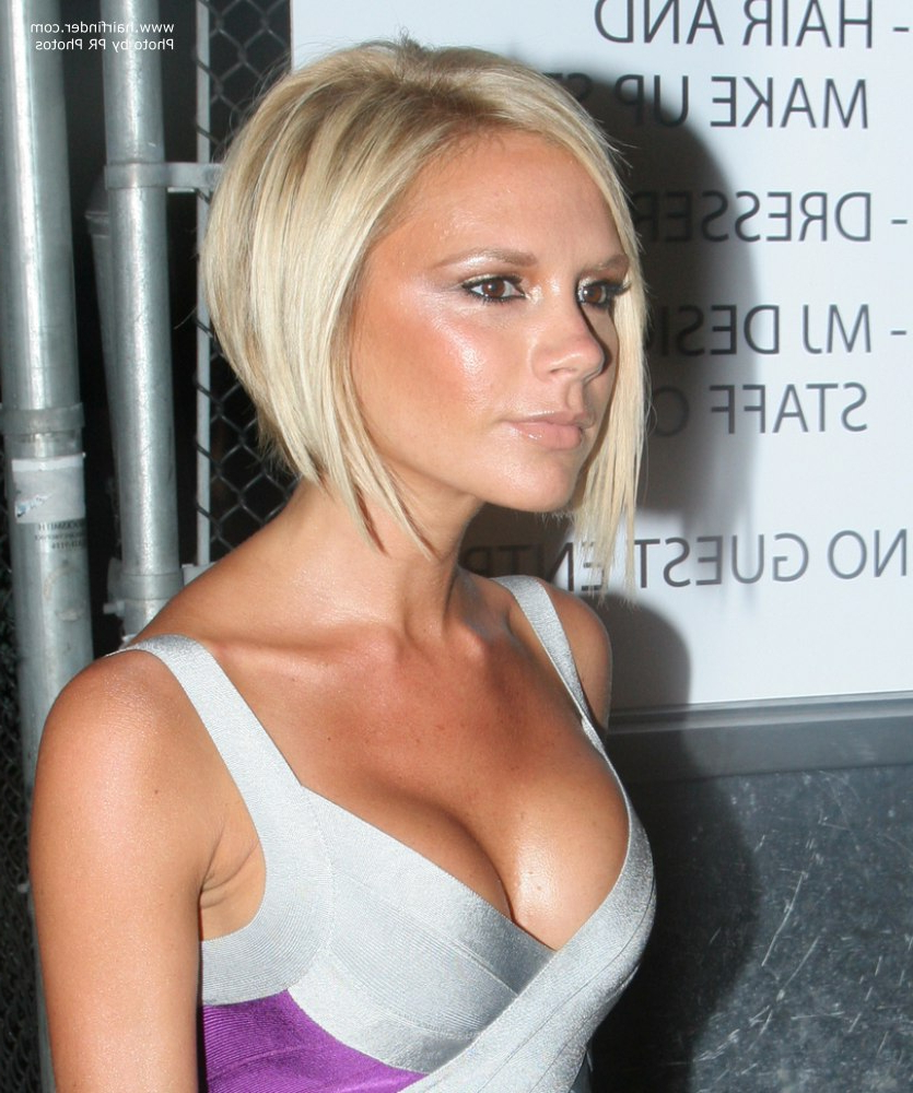 Trendy Victoria Beckham Medium Haircuts Inside Victoria Beckham Sporting A Blonde Bob With A Shorter Back And (View 15 of 20)