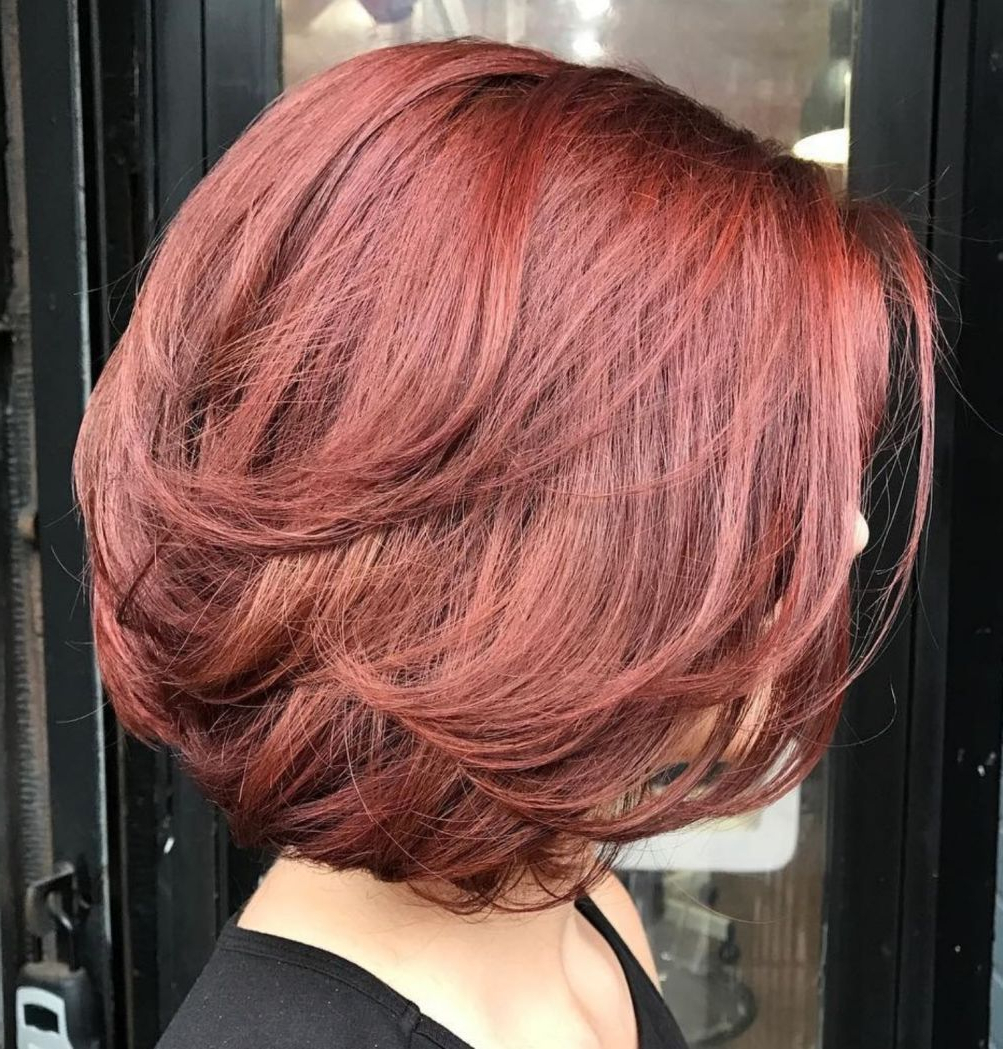 Wavy Pertaining To Favorite Bob Haircuts With Symmetrical Swoopy Layers (Gallery 13 of 20)