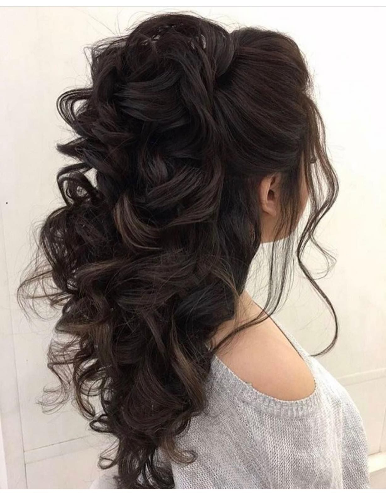 Well Known Elegant Medium Hairstyles For Weddings With Regard To Bridal Hair Half Do (View 14 of 20)