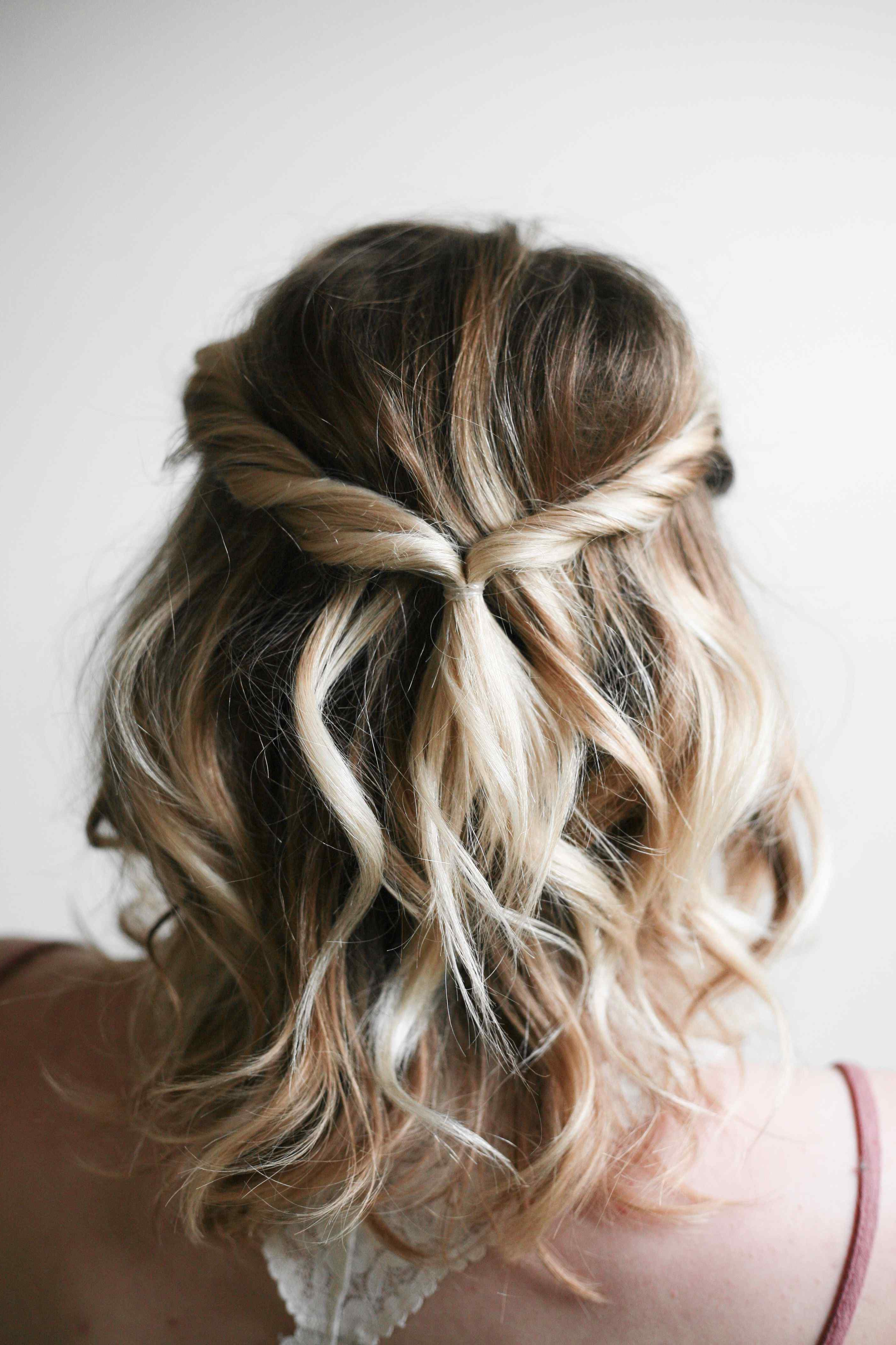 Well Known Homecoming Medium Hairstyles With Regard To Homecoming Hairstyles For Medium Length Half Up Curls New Asmr Long (View 19 of 20)
