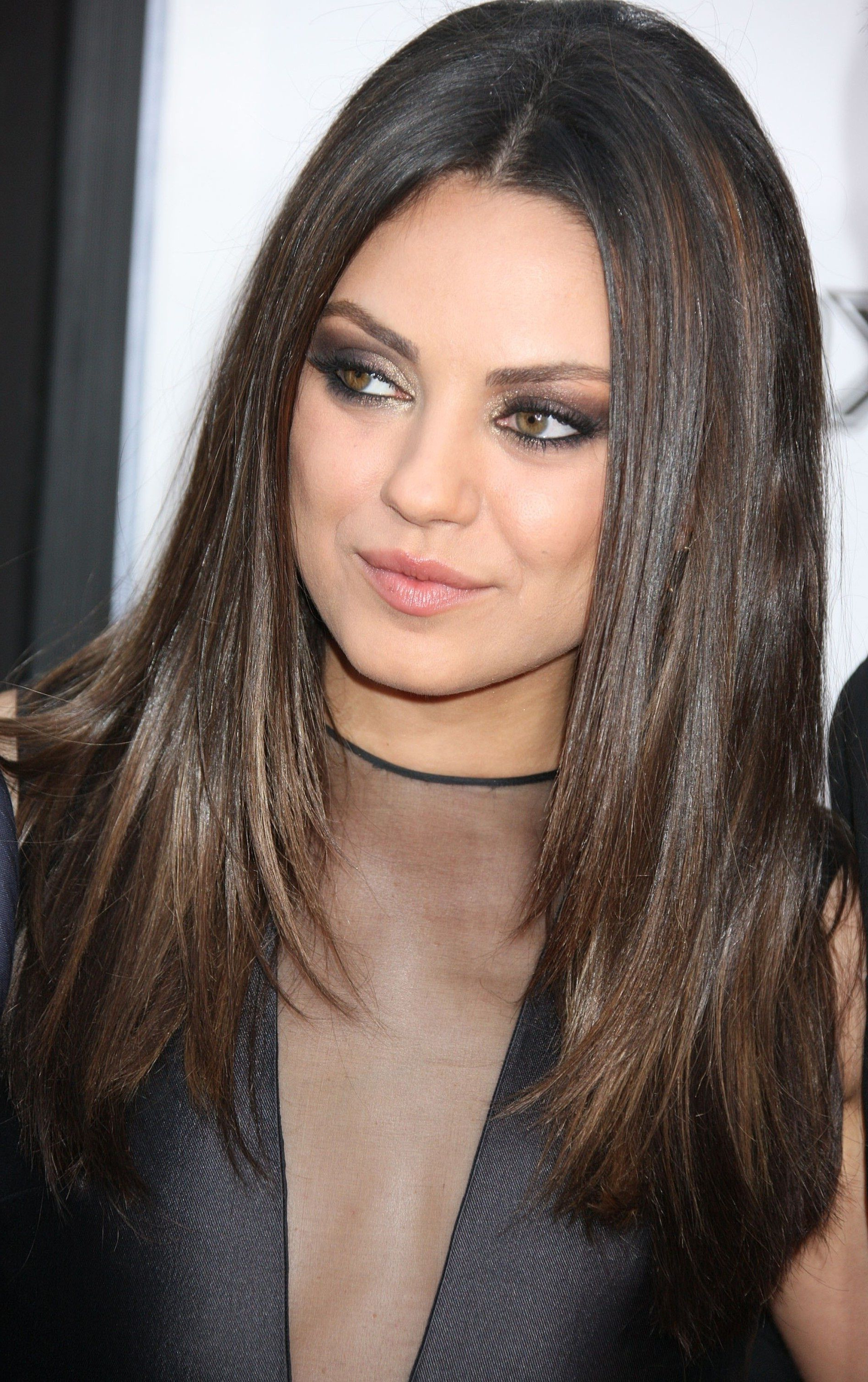 Well Known Medium Hairstyles For Large Noses Pertaining To Mila Kunis – Next Haircut, A Little Shorter (View 20 of 20)
