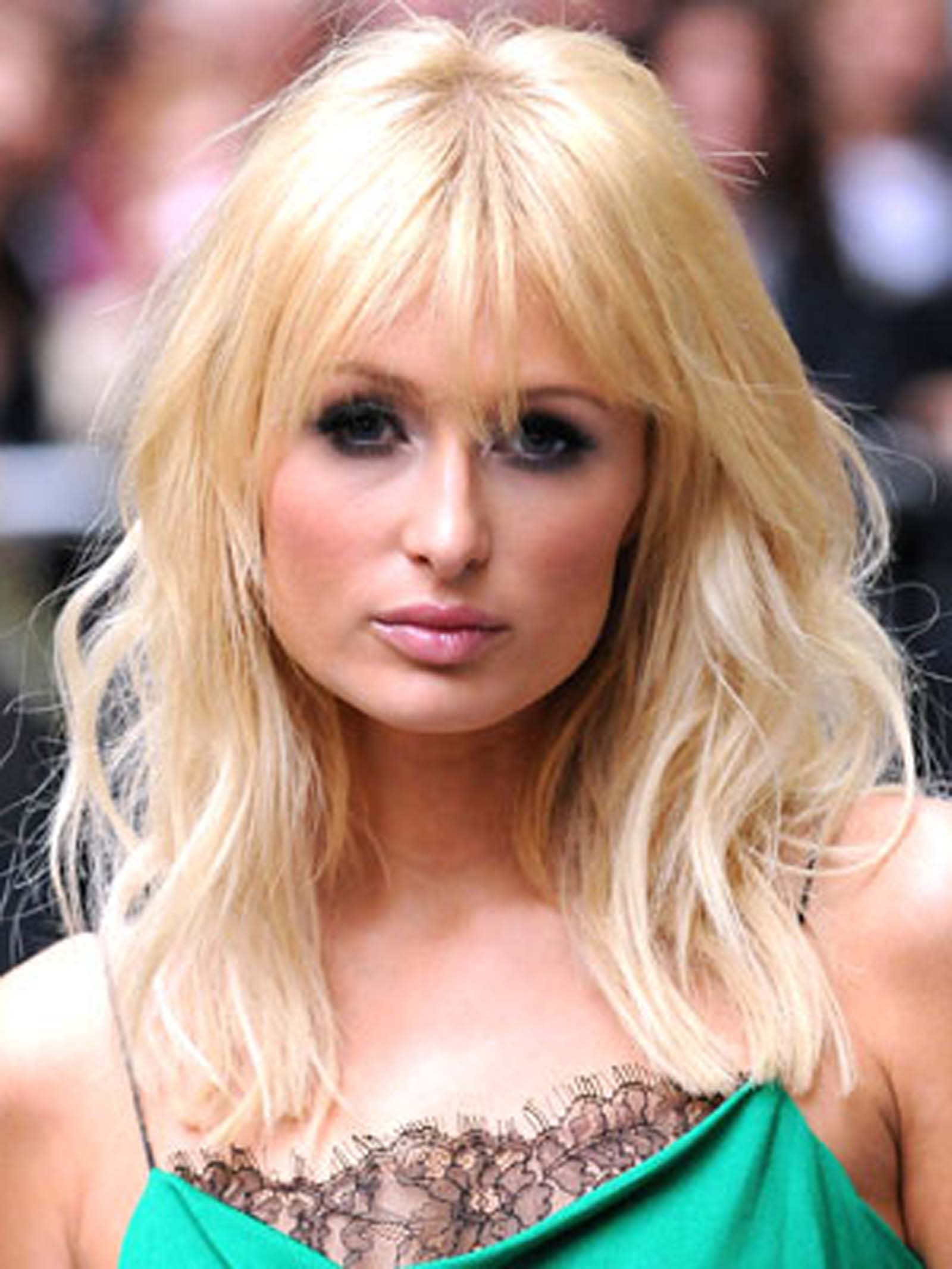 Well Known Medium Hairstyles With Wispy Bangs Within Ultimate Long Bangs Medium Hairstyles For Your Paris Hilton Shoulder (View 19 of 20)