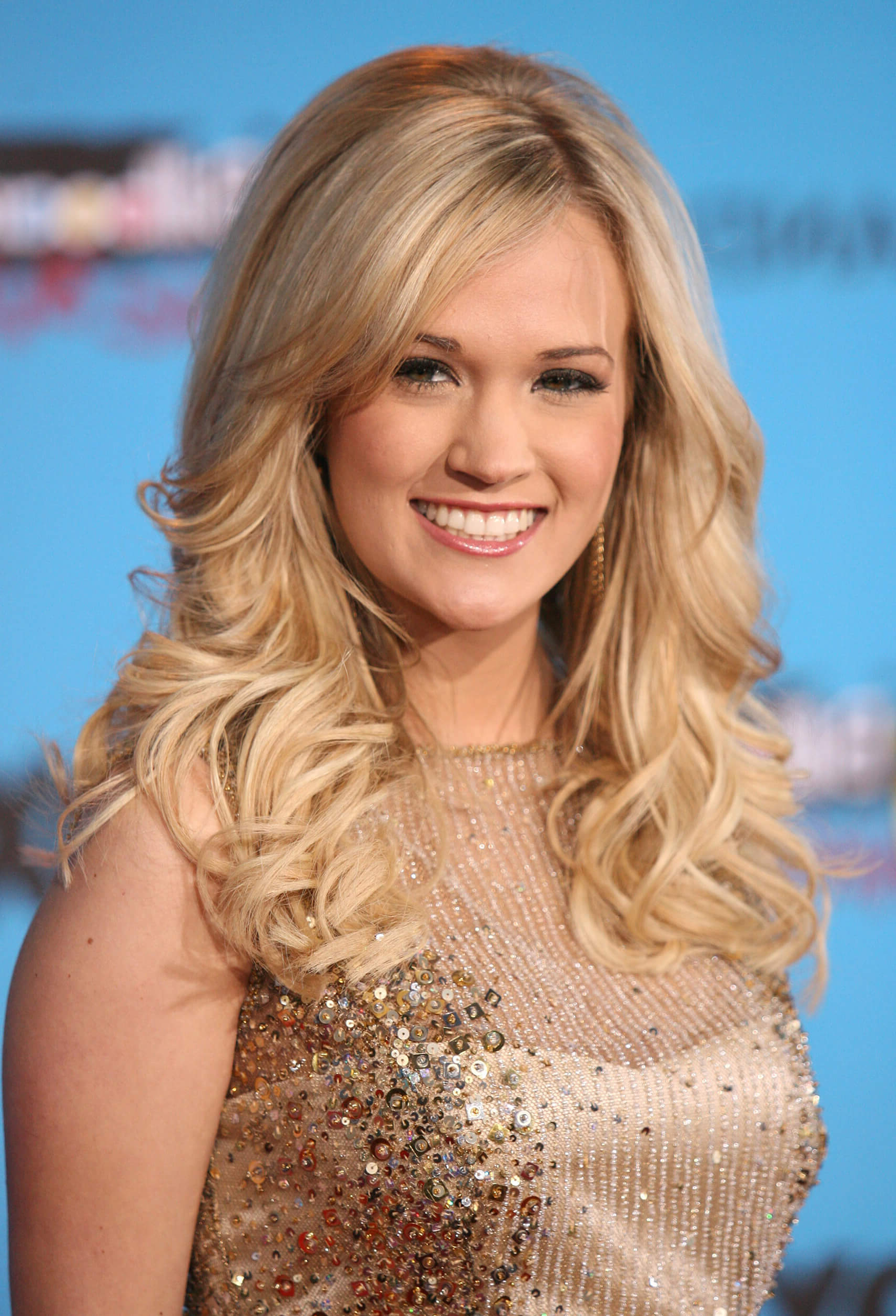 Well Liked Carrie Underwood Medium Haircuts Within 31 Carrie Underwood Hairstyles And Haircuts Inspirations (View 20 of 20)
