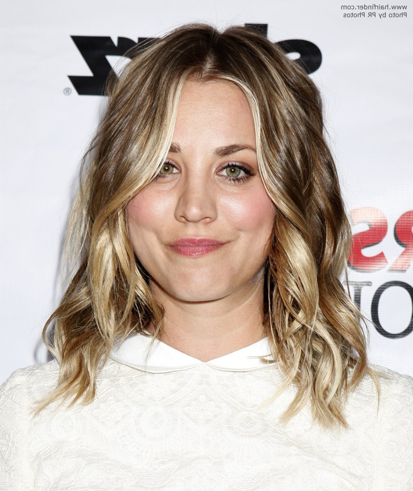 Well Liked Kaley Cuoco Medium Hairstyles With Kaley Cuoco (View 19 of 20)