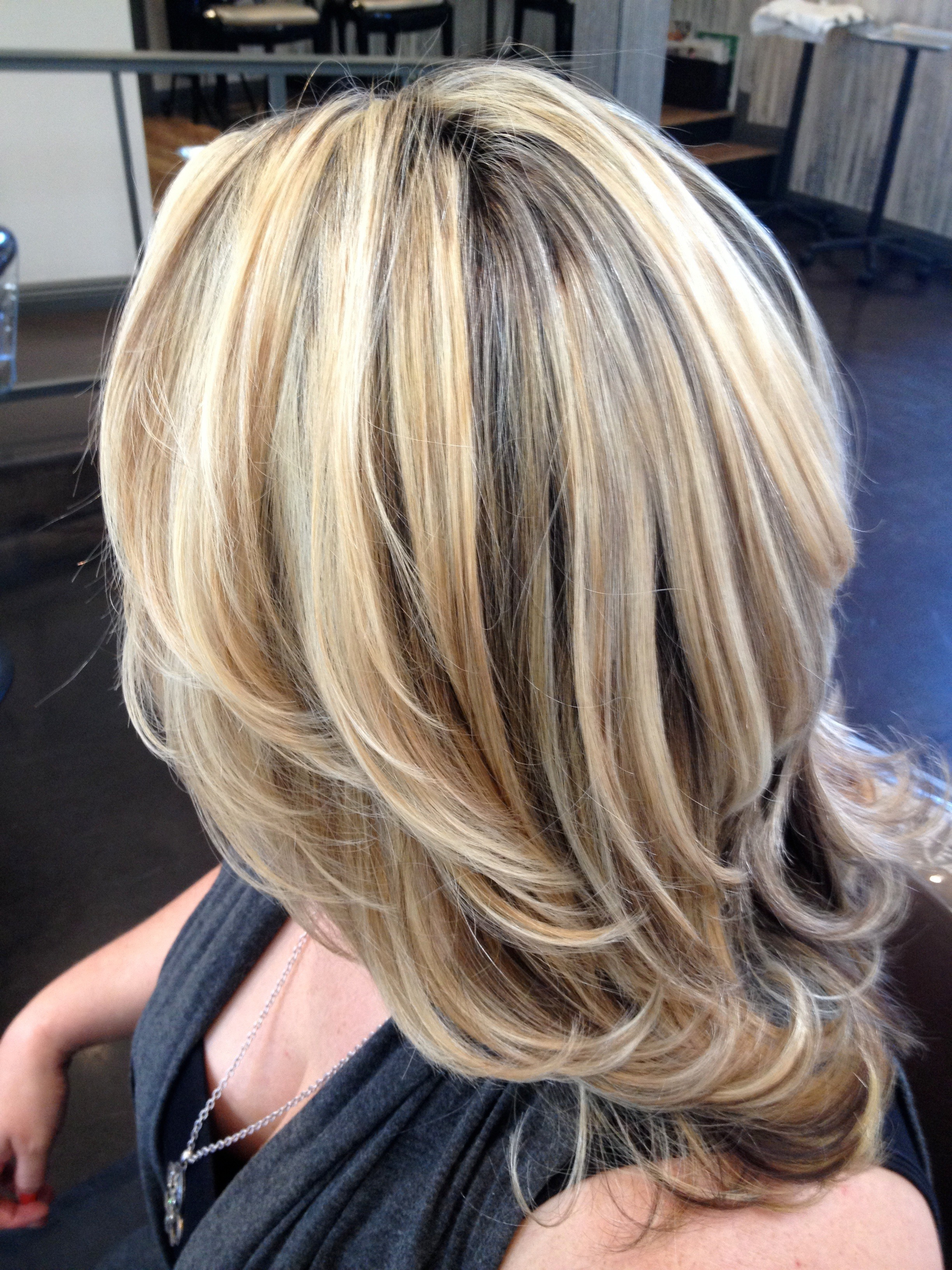 Well Liked Medium Hairstyles And Highlights With Regard To Medium Hairstyles Highlights Medium Hairstyles With Highlights And (Gallery 6 of 20)