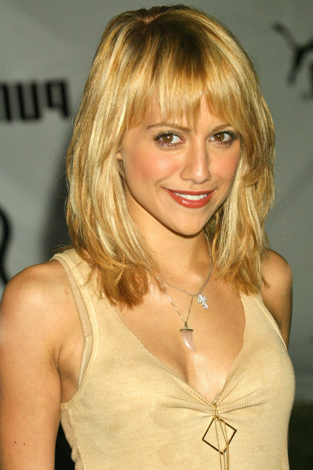 Well Liked Mid Length Haircuts With Side Layers With Medium Length Haircuts With Short Layers – Hairstyle For Women & Man (View 20 of 20)