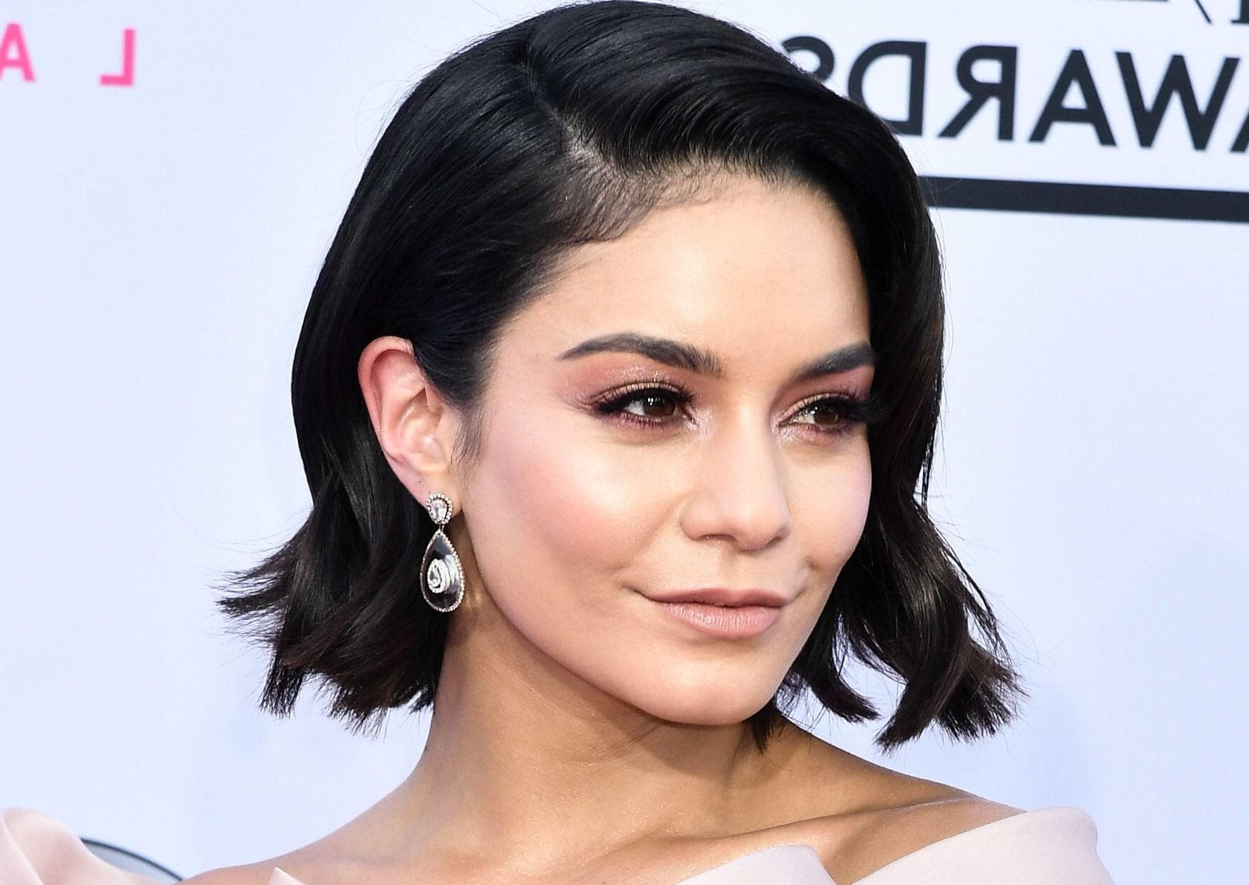 Well Liked Vanessa Hudgens Medium Haircuts Throughout Vanessa Hudgens Just Got The Best Bang Haircut Ever! (View 20 of 20)