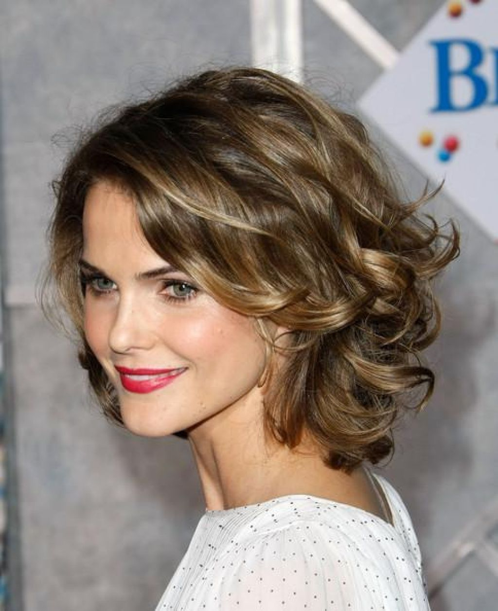Well Liked Wavy Medium Hairstyles For Round Faces With Regard To Hair Cuts : Remarkable Medium Short Curly Hairstyle Long Thick (View 19 of 20)