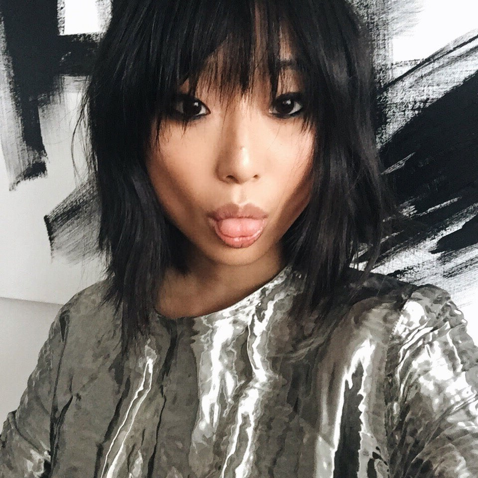 Why Piece Y Bangs Are The Cool Girl Haircut Of 2016 – Vogue Within Widely Used Brunette Feathered Bob Hairstyles With Piece Y Bangs (View 16 of 20)