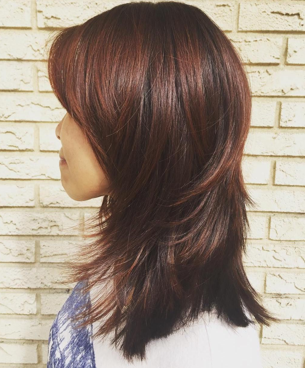 Widely Used Auburn Medium Haircuts Regarding 50 Best Variations Of A Medium Shag Haircut For Your Distinctive (View 19 of 20)