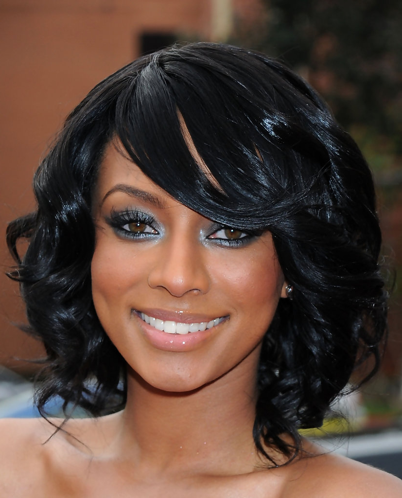 Widely Used Black Medium Hairstyles For Long Faces Within Medium Length Black Hairstyles (View 20 of 20)