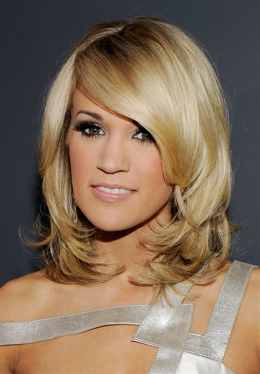 Widely Used Carrie Underwood Medium Hairstyles Intended For Carrie Underwood Hairstyles (View 7 of 20)