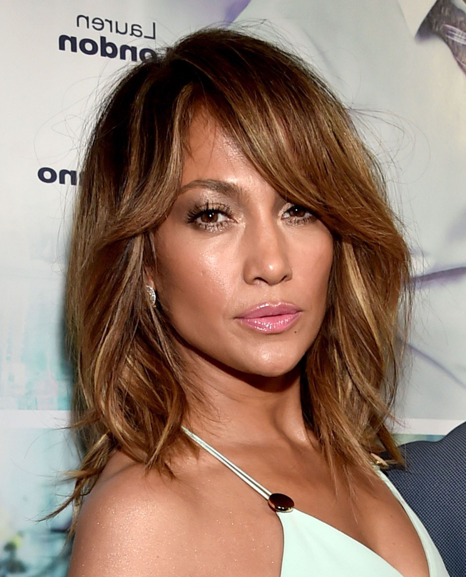 Featured Photo of Jennifer Lopez Medium Haircuts
