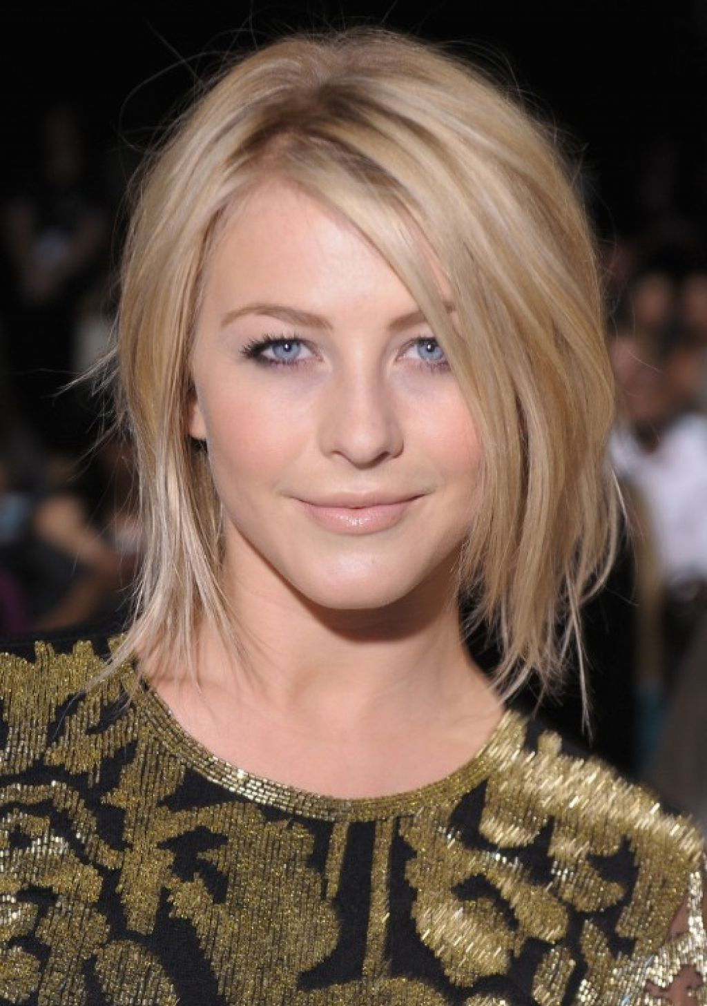 Widely Used Julianne Hough Medium Haircuts With Regard To Medium Length Hairstyles With Layers And Side Bangs Simple (View 20 of 20)
