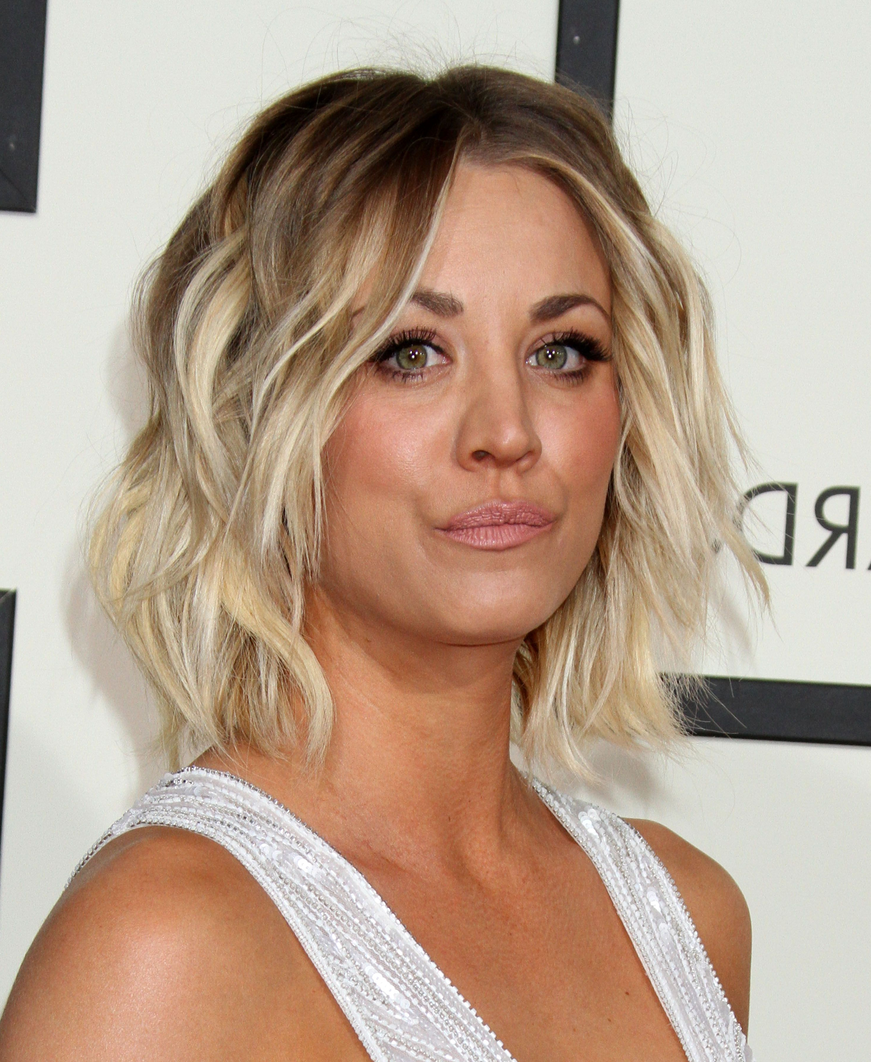 Widely Used Kaley Cuoco Medium Hairstyles With Regard To Kaley Cuoco And Sam Hunt: Dating?! – The Hollywood Gossip (View 20 of 20)