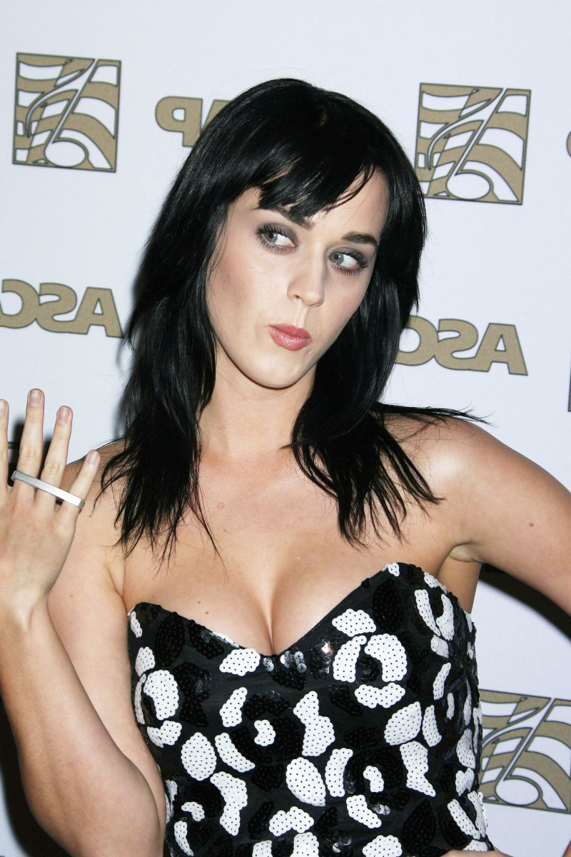 Widely Used Katy Perry Medium Hairstyles With Regard To Trends Hairstyles: Katy Perry Hair (View 20 of 20)
