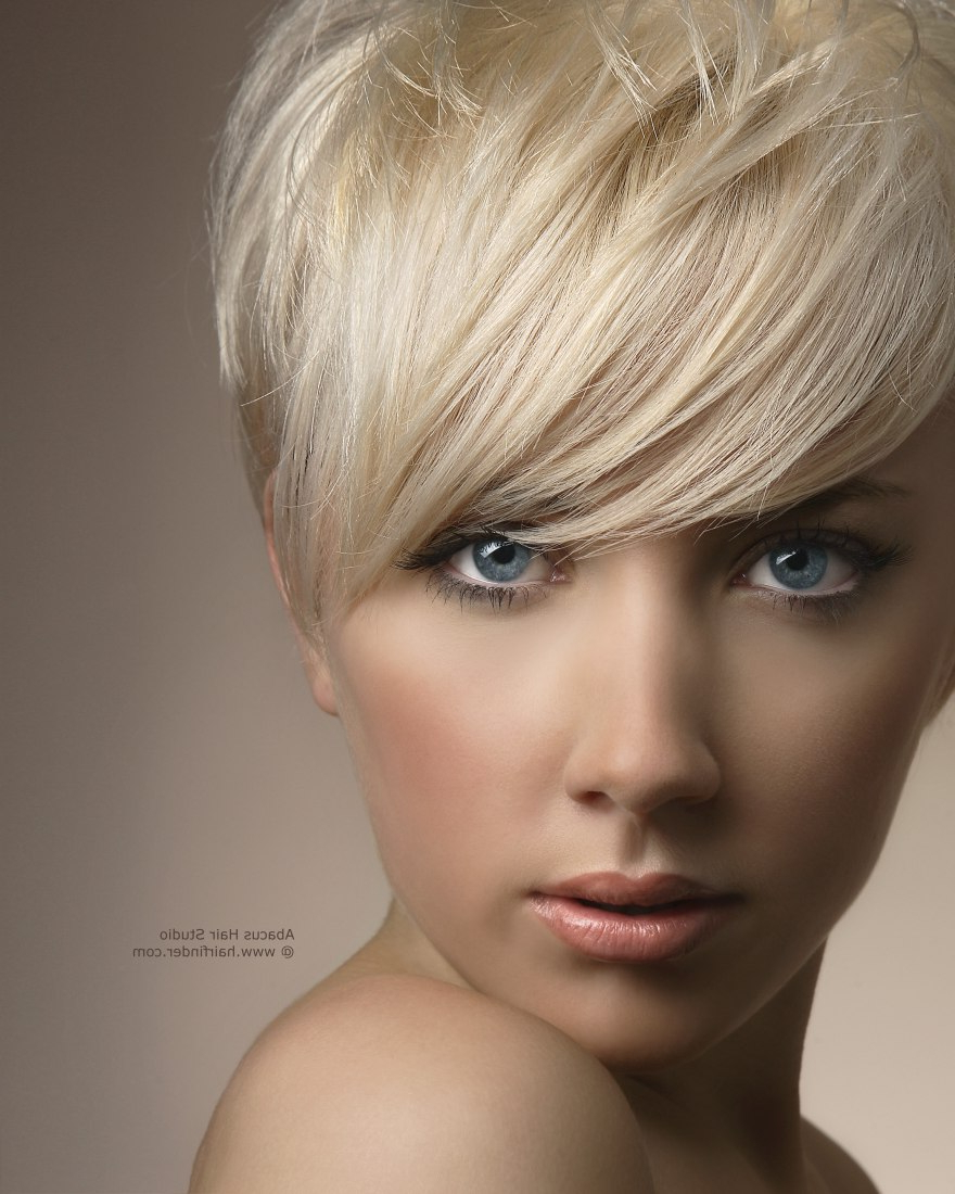 Women Hairstyle : Platinum Blonde Hairstyles Platinum Blonde Within Best And Newest Medium Hairstyles Cut Around The Ears (View 20 of 20)