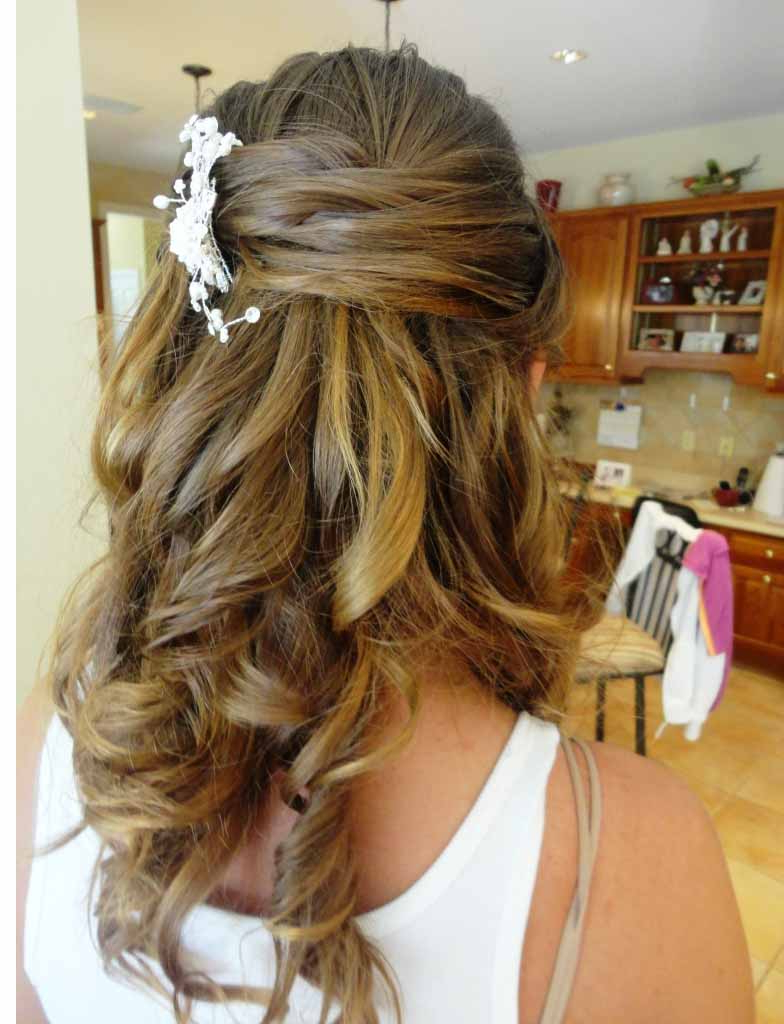 Womens Hairstyles Throughout Most Current Half Up Half Down Medium Hairstyles (View 20 of 20)