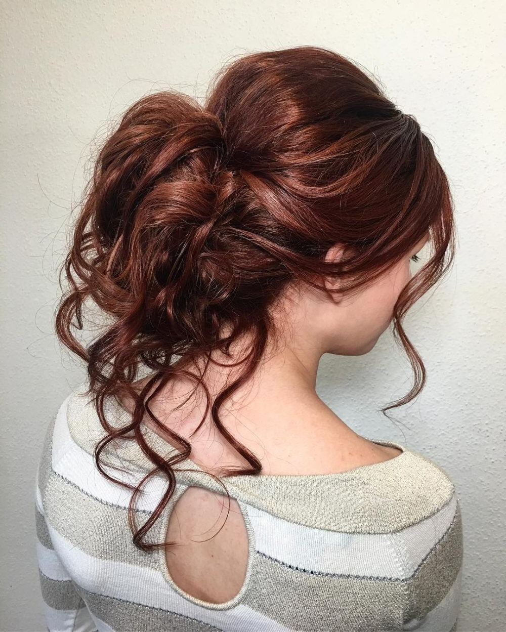 15 Gorgeous Wedding Updos For Brides In 2019 Regarding Famous Blonde And Bubbly Hairstyles For Wedding (View 2 of 20)