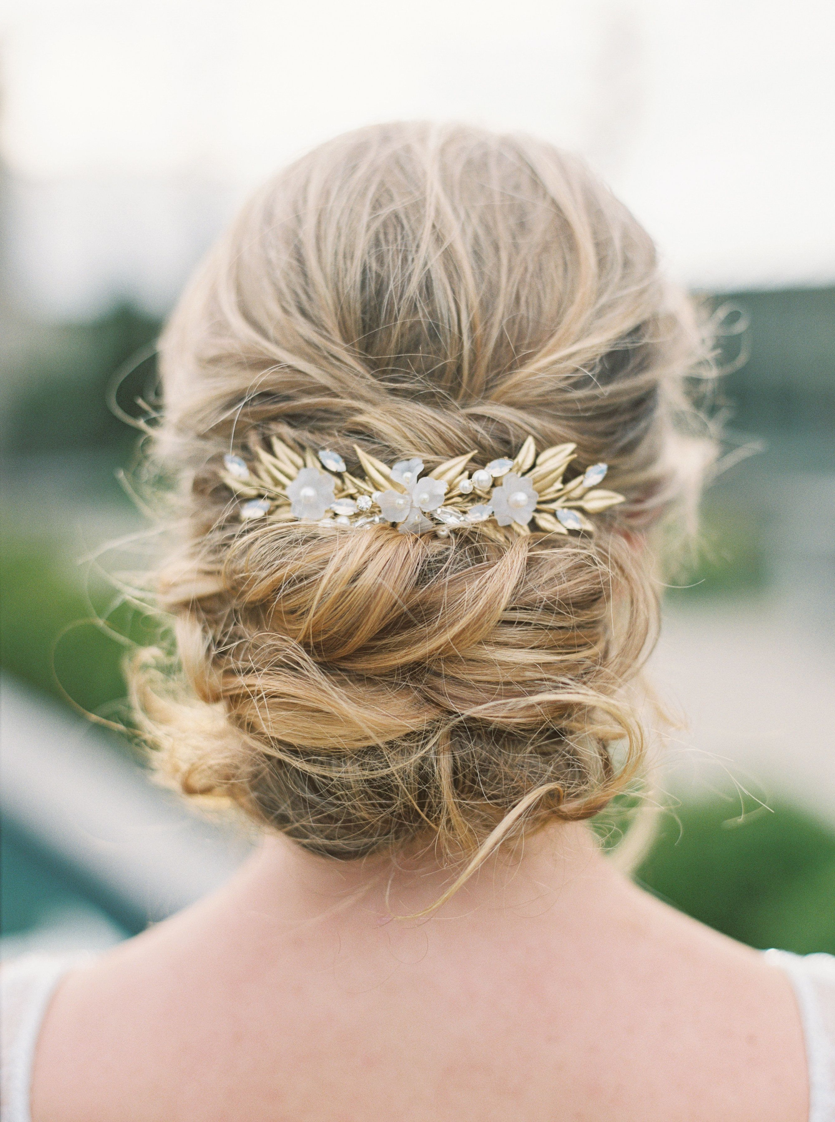 2017 Criss Cross Wedding Hairstyles Within This Is How You Effortlessly Incorporate Nature Into Your Wedding (View 9 of 20)