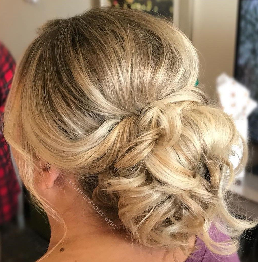 2018 Low Messy Bun Hairstyles For Mother Of The Bride With 50 Ravishing Mother Of The Bride Hairstyles (View 15 of 20)