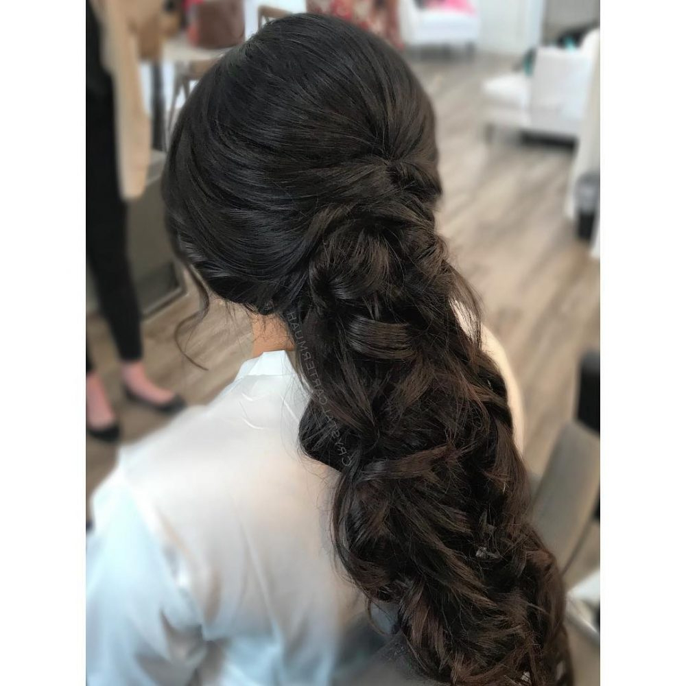 24 Gorgeous Wedding Hairstyles For Long Hair In 2019 Intended For Well Liked Large Curl Updos For Brides (View 8 of 20)