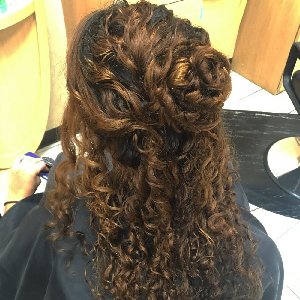 27 Curly Updos For Curly Hair (See These Cute Ideas For 2019) Within 2017 Half Up Curly Hairstyles With Highlights (Gallery 20 of 20)