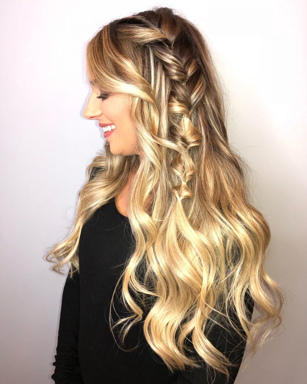 27 Easy Diy Date Night Hairstyles For 2019 In Best And Newest Destructed Messy Curly Bun Hairstyles For Wedding (View 3 of 20)