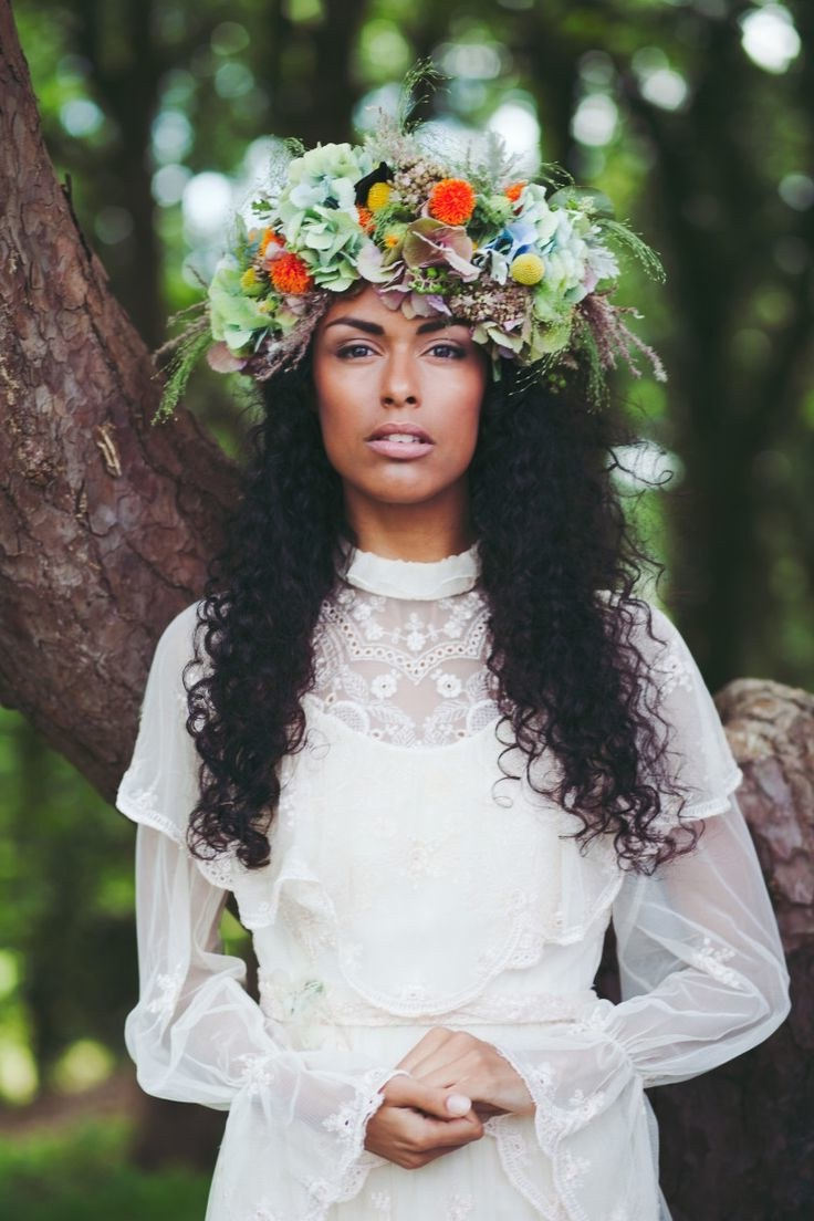 31 Flower Crown Hairstyles For Your Wedding (View 2 of 20)