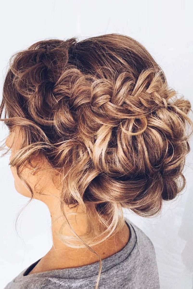 42 Mother Of The Bride Hairstyle, Latest Bride Hairstyle 2019 – My Pertaining To Newest Low Messy Bun Hairstyles For Mother Of The Bride (Gallery 13 of 20)