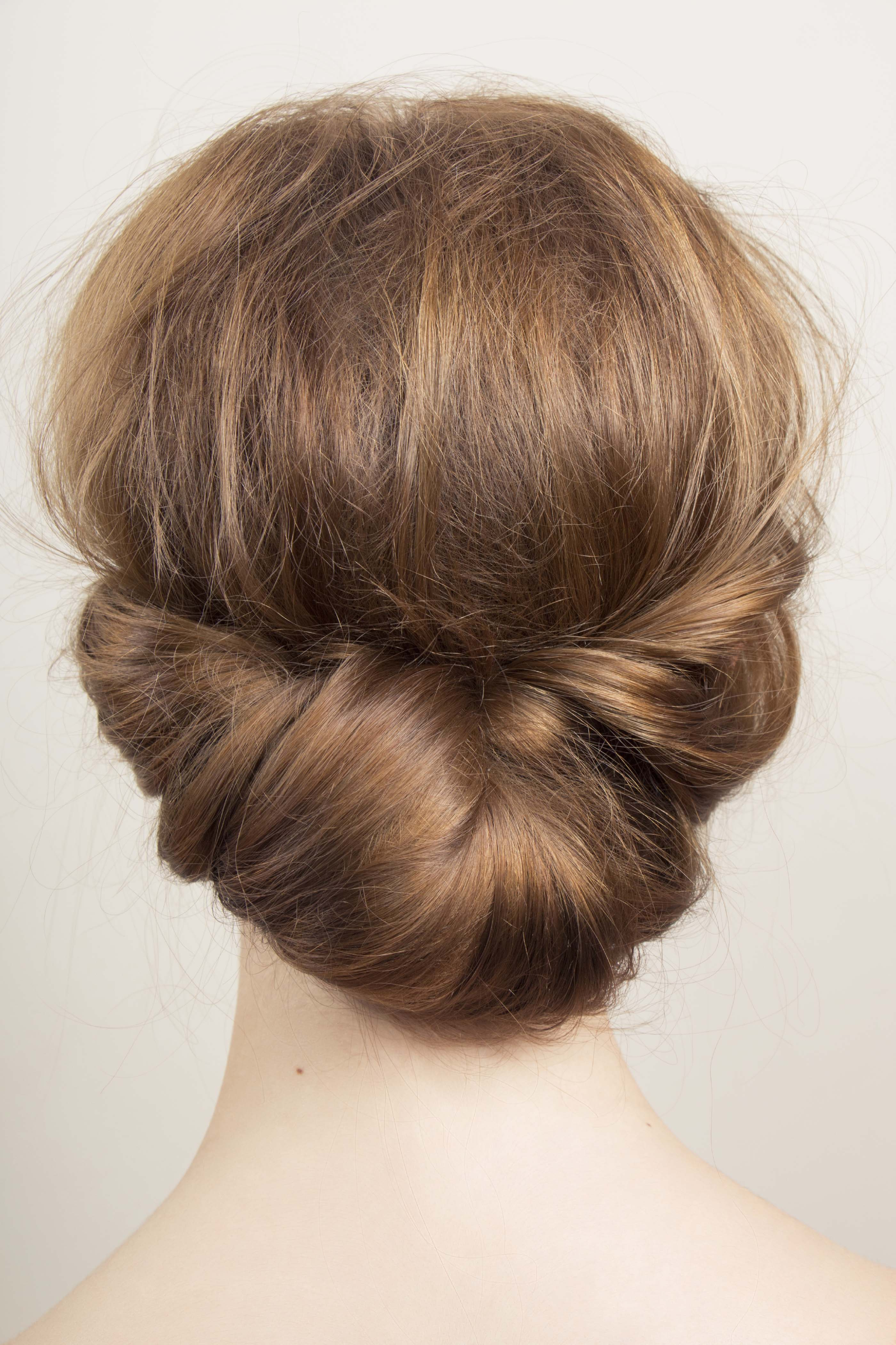 5 Beautiful Mother Of The Bride Hairstyles (View 17 of 20)