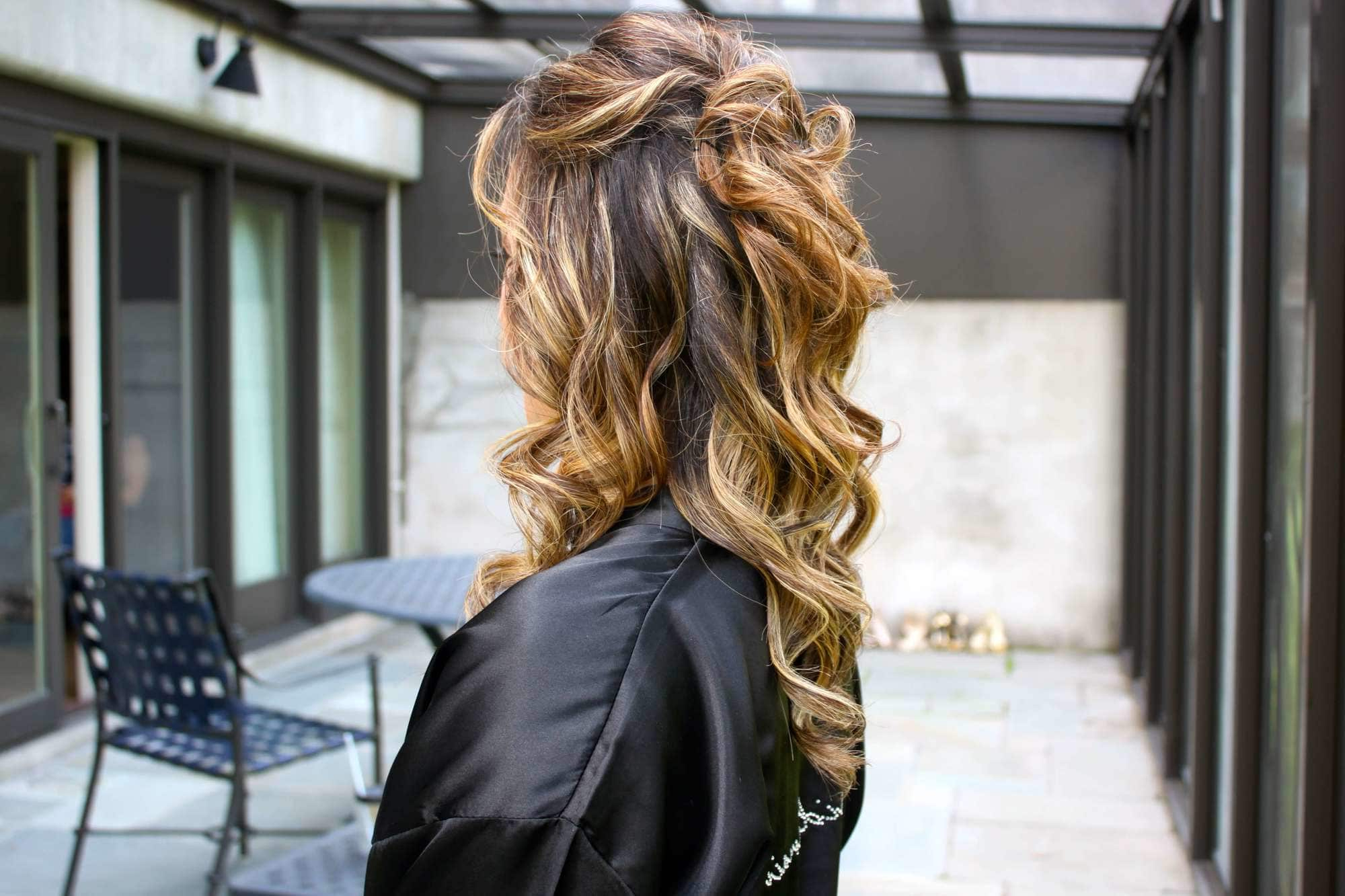 50 Of The Best Balayage: Curly Hair Looks For All Commitment Levels Pertaining To Well Known Half Up Curly Hairstyles With Highlights (Gallery 5 of 20)